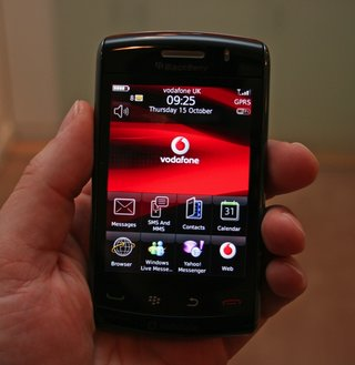BlackBerry Storm 2 - First Look