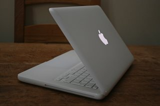 Apple MacBook (white) notebook