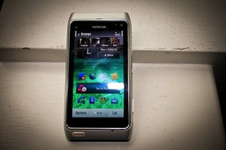 First Look: Nokia N8