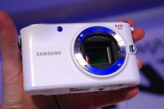 First Look: Samsung NX100