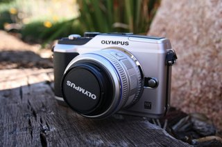 First Look: Olympus E-PL2