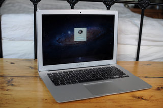 Apple MacBook Air 13-inch (mid-2012)