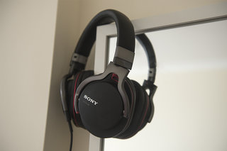 Sony MDR-1RNC noise cancelling over-ear headphones
