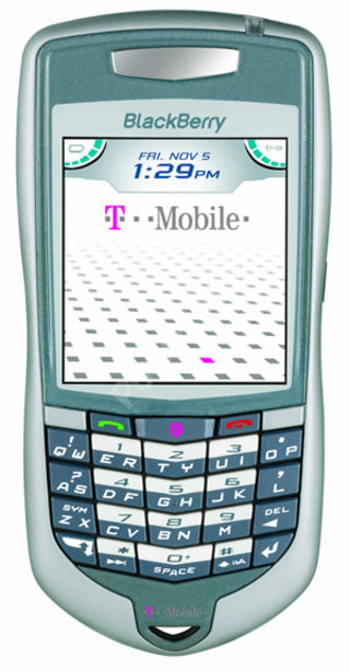 T-Mobile focus on Pocket Office range with Blackberry 7100t and MDA IV at 3GSM