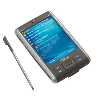 Fujitsu Siemens goes light with new Loox PDA