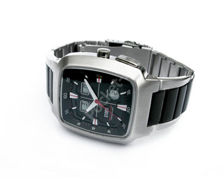 New watch to help you with your golf score