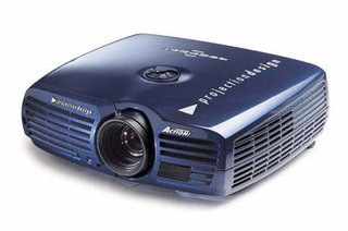 Projectors start to go HD ready