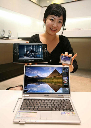 Samsung say 32GB flash drive will go into Q1 and Q30 laptops
