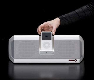 i-deck launches two new iPod speaker systems