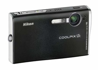 Nikon's new wireless compact works with just-launched online service