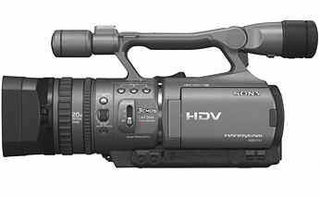 Sony unveils the new HDR-FX7 high def video camcorder