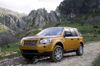 Land Rover sets prices for Freelander 2