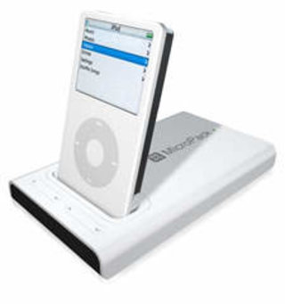 XtremeMac MicroPack boosts iPod's battery life