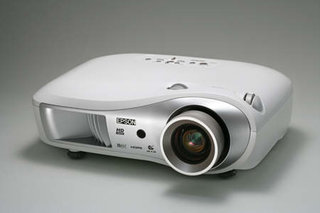 Epson unveils the EMP-TW700 HD-ready projector