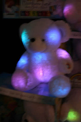 gloE Light-UP Pets offer comfort to those scared of the dark