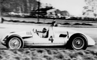 Christie's to sell uber-expensive 1939 Auto Union D-Type