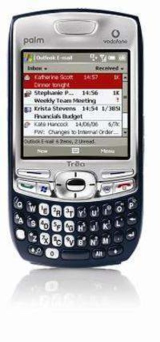 Palm 750 now available on all networks