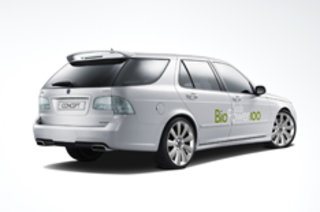 Saab show off bioethanol-powered 9-5 estate