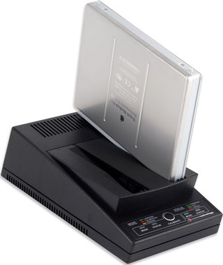 World's first MacBook stand-alone battery charger