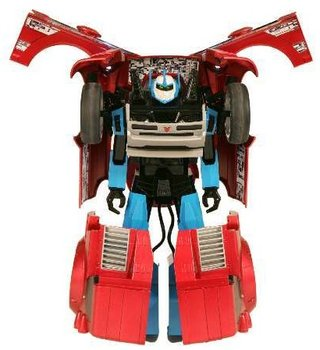 RC2 launches V_Bot transforming dancing robot
