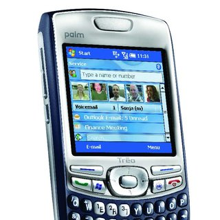 Palm offers Windows Mobile 6 upgrades for Treo 750s
