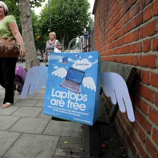 Carphone Warehouse's free laptops hunt attracts a crowd