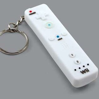 Wee Wiimote keyring available