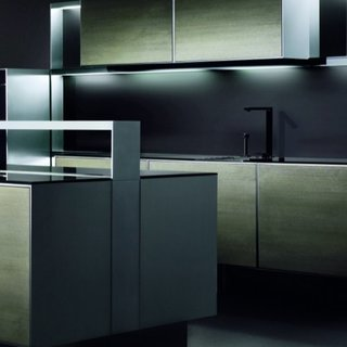 "Porsche Design creates ""bling"" kitchen with Poggenpohl"