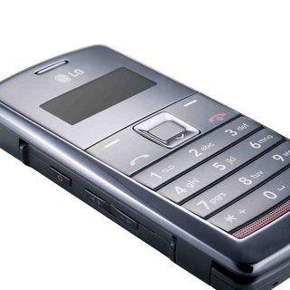 LG launches KT610 Symbian smartphone with GPS