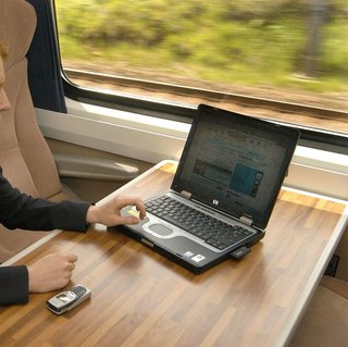 National Express Wi-Fi use triples when gratis