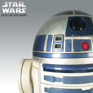 Life-size C-3PO and R2-D2 to launch