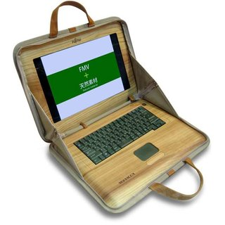Fujitsu shows WoodShell cedar laptop