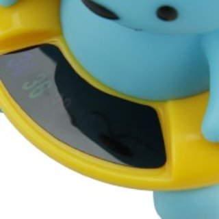 Bear-shaped baby bath thermometer launches