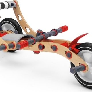 """Meccano on steroids"" Berg Moov kit to launch"