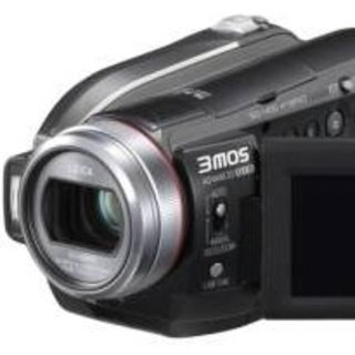 Panasonic launches high-def camcorder duo