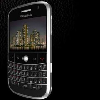 T-Mobile announces BlackBerry Bold in the UK