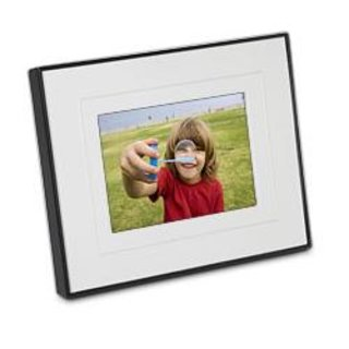 Kodak announces P520 touchscreen digital frame