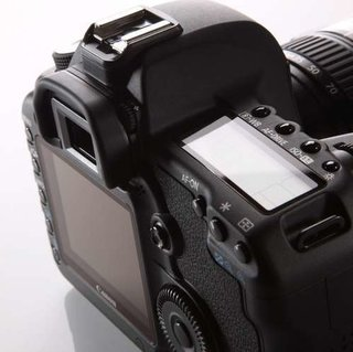 COMMENT: Do DSLRs need HD video capabilities?