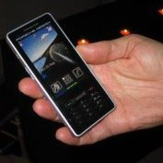 Sagem goes posh with Porsche P9522 phone
