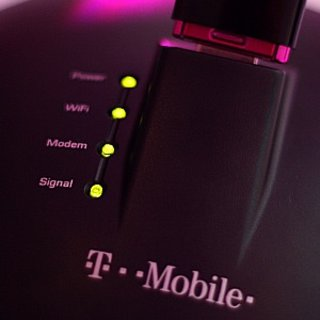 T-Mobile turns your 3G dongle into wireless router