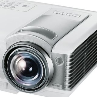 BenQ demos MP512ST gaming projector