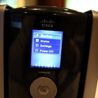 "Linksys Media Hub takes on ""the cloud"""