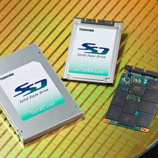 Toshiba announces world's first 512GB SSD