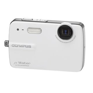 Olympus announces waterproof 550WP