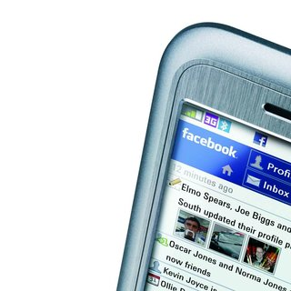 Nokia to offer Facebook phone?