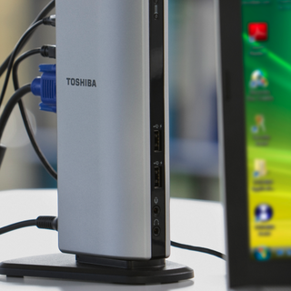 Toshiba Dynadock U10 docking station launched