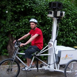 Google shifts to pedal power to map UK landmarks