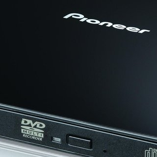 Pioneer launches DVR-XD08 portable CD/DVD writer