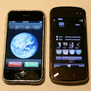 Apple smartphone share predicted to pass Nokia by 2013