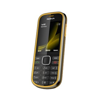 Nokia makes 3720 classic official